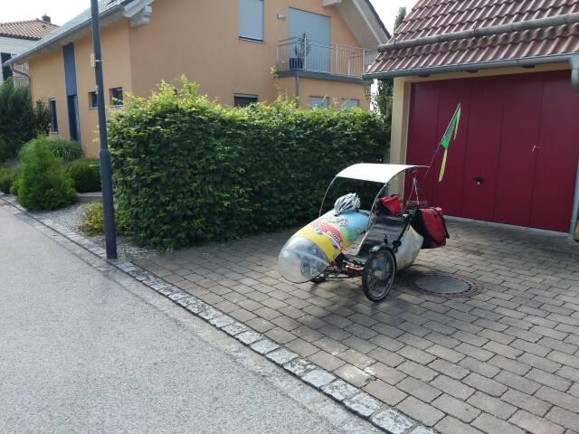 gepacktes Dreirad